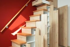 Treppenschränke