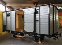 restaurierter Güterwagen