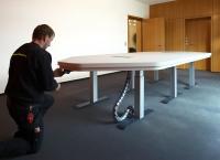 Steuerung des höhenverstellbaren Tischgestells